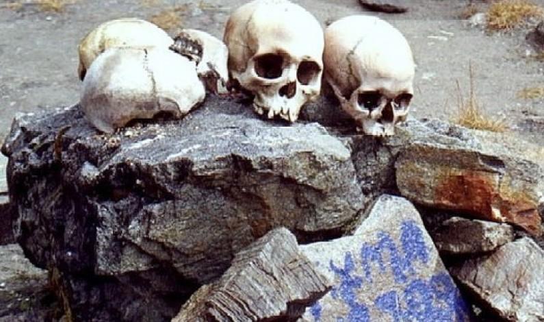 Lake of Skeletons: RoopKund (Himalayas)