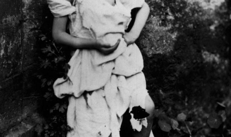 Alice Of The Wonderland: Ms Lindell